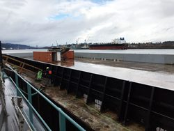 Barge Columbia Newark