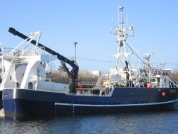 Fishing-trawler-pacific-challenger